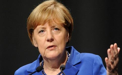 Меркель выступит заусиление санкций противРФ