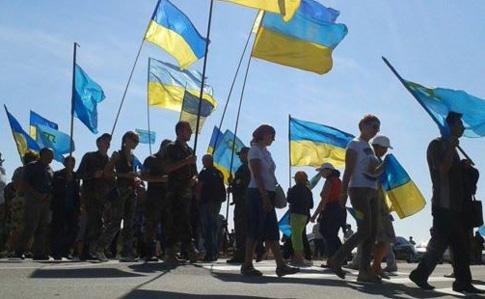 Наадмингранице сКрымом состоялось шествие, посвященное годовщине блокады