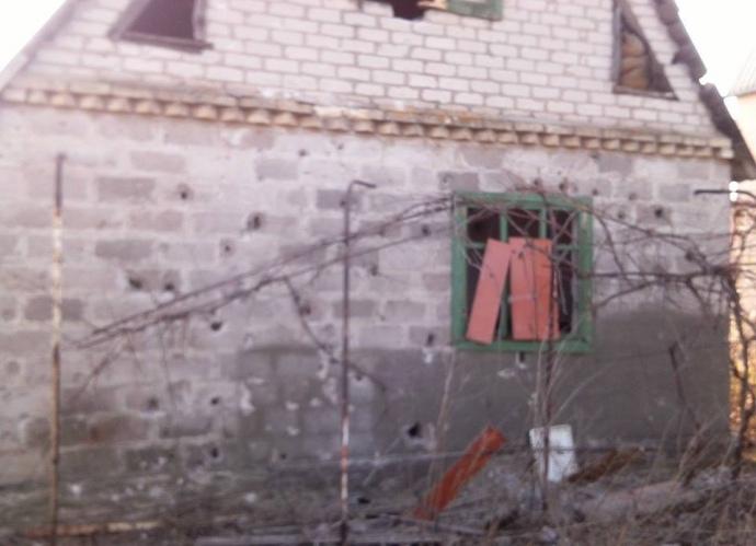Штаб АТО обнародовал фото последствий обстрелов Водяного