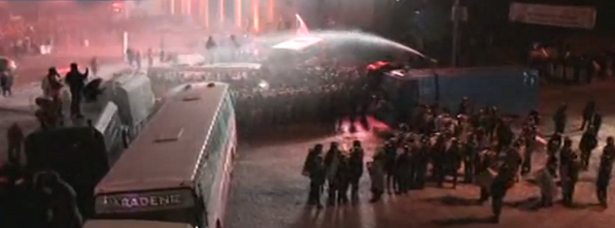 Сотни тысяч вышли на улица Киева. Хроника противостояния. (фото,видео) обновляется