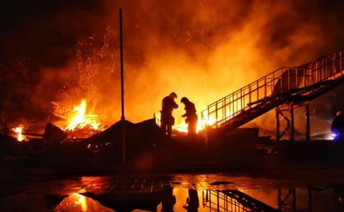 Пожежа вдитячому таборі: прокуратура обшукує чиновників Труханова тарятувальників