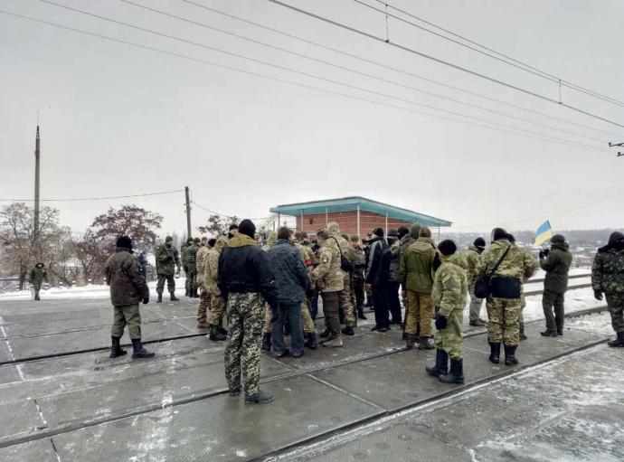 Появились фото сместа событий— Блокада Донбасса расширилась