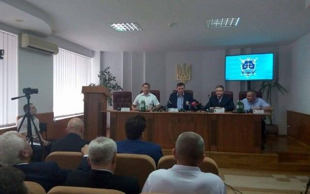 Генпрокурор Луценко представил нового обвинителя Херсонской области— Виталия Тригубенко