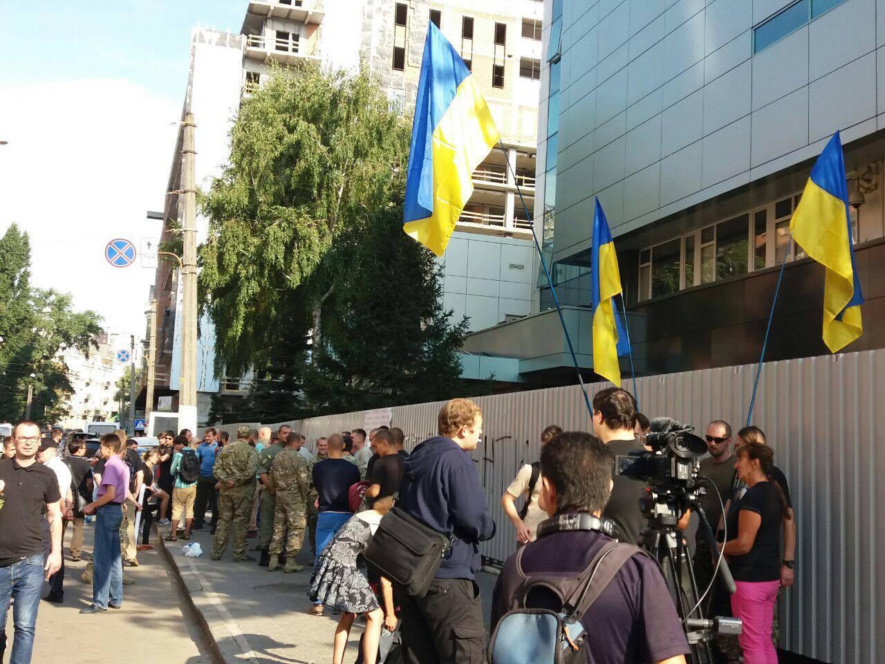 Активисты объявили бессрочную блокаду «Интера»