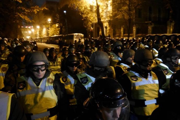 Депутат Рады призвал активистов идти кадминистрации идомой кПорошенко