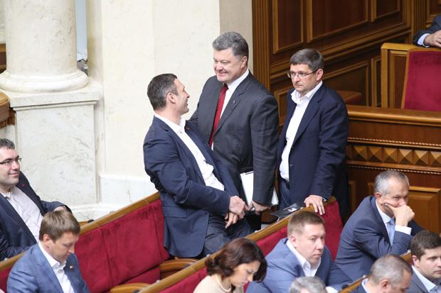 Депутат Петро Порошенко активно спілкувався із Кличком