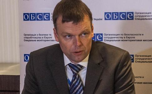 Украина вОБСЕ: Подрыв авто подтверждает потребность вооруженной полицейской миссии