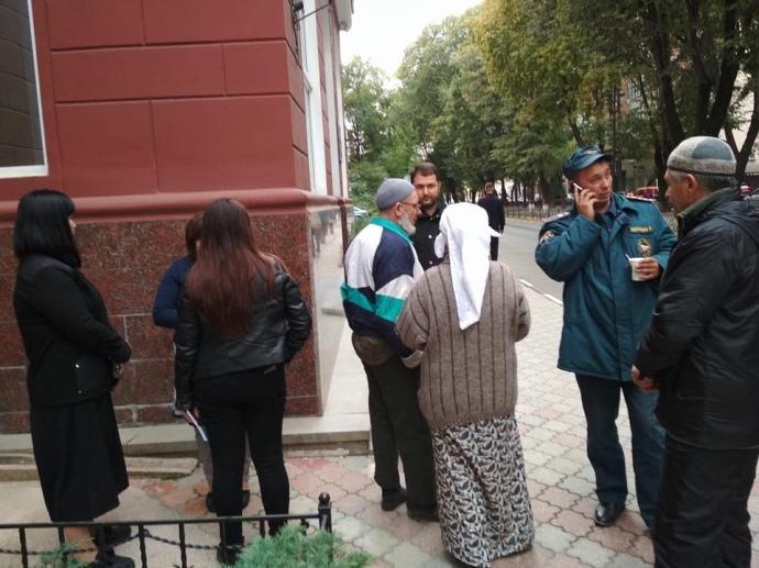 Обшук ванексованому Криму: 64-річного кримського татарина вивезли вневідомому напрямку