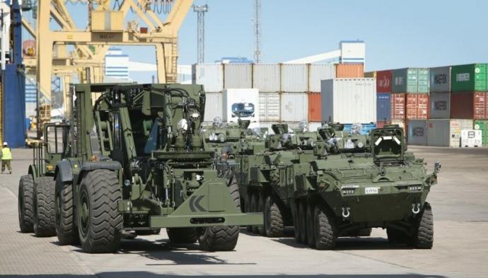 Канадская военная техника прибыла в Латвию - Цензор.НЕТ 2428