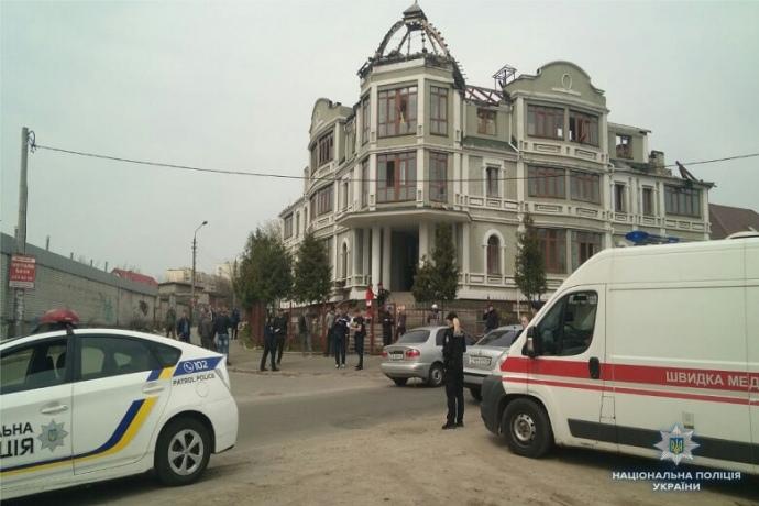 ВКиеве два человека пострадали при стрельбе вжилом доме