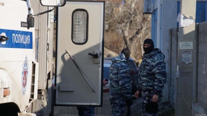 УСудаку ОМОН заявився назасідання «Кримської солідарності»