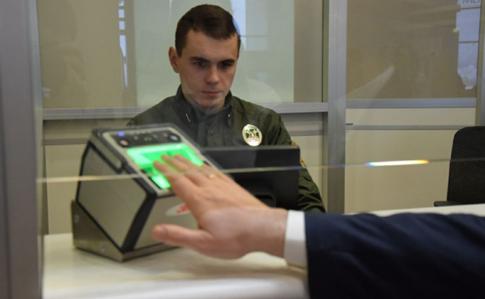Василь Серватюк: Росія відповідає провокаціями навведення біометричного контролю