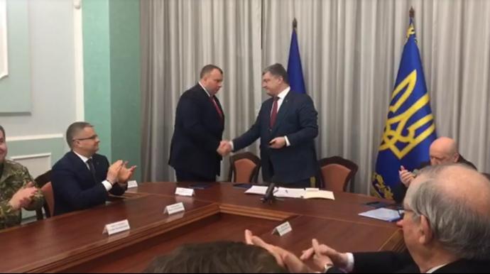 Порошенко официально представил нового руководителя «Укроборонпрома»