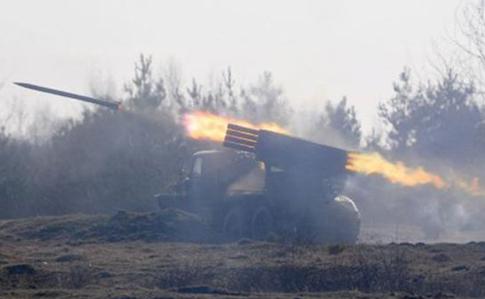 Засутки наДонбассе был ранен один украинский военнослужащий
