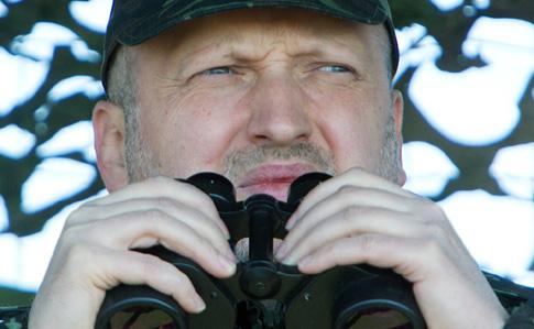 Задержание «диверсантов» вКрыму: Турчинов иронично ответил напровокацию ФСБ
