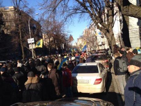 Майаданівці вийшли у мирний наступ. Фото Сергія Андрушка