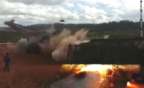 Ruský pilot vrtulníku omylem odpálil několik raket vzduch-země do diváků