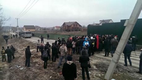 Усі фото з Twittera Автомайдану