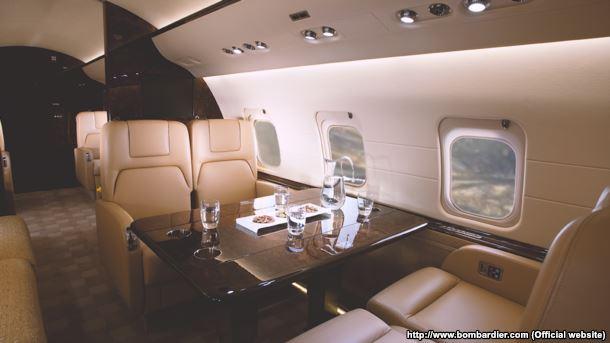 Інтер'єр літака Bombardier Challenger 850