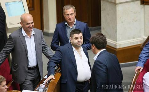 «Схемы» узнали накаких встречах президента присутствуют народные избранники Кононенко иГрановский