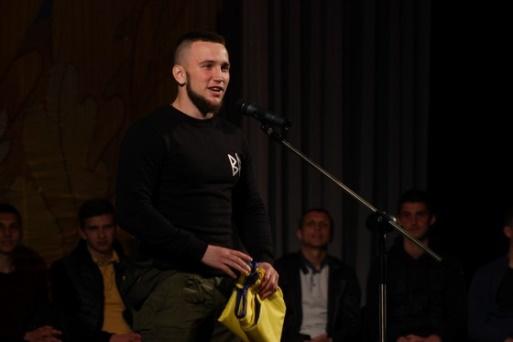 Сергій Величко на зустрічі з командою