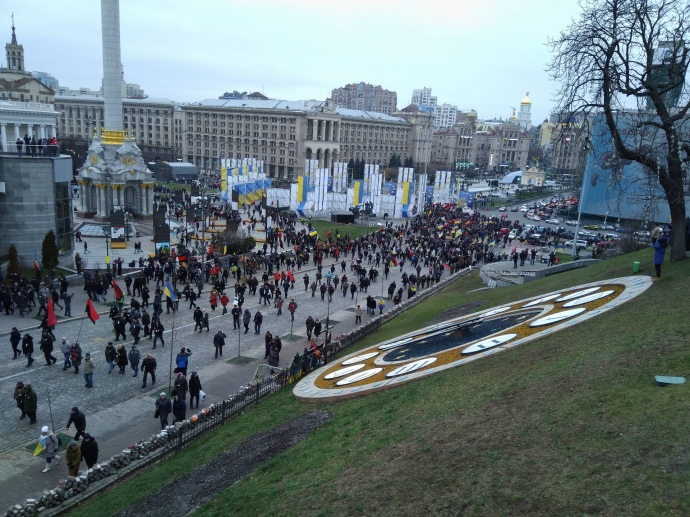 Саакашвили делает штаб вОктябрьском замке, Нацгвардия препятствует