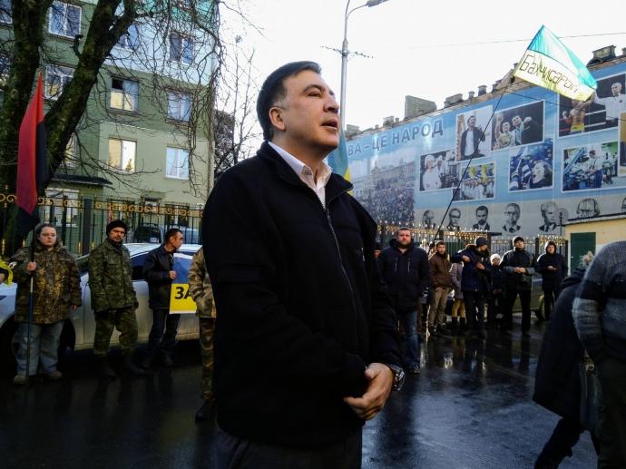 Саакашвили вновь отказался идти надопрос вСБУ
