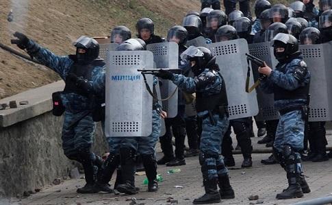 Подозреваемых вубийстве евромайдановцев экс-беркутовцев могут передать «ДНР»