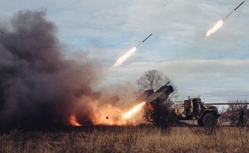 Боевики изГрадов обстреляли Новолуганское: разрушен газопровод