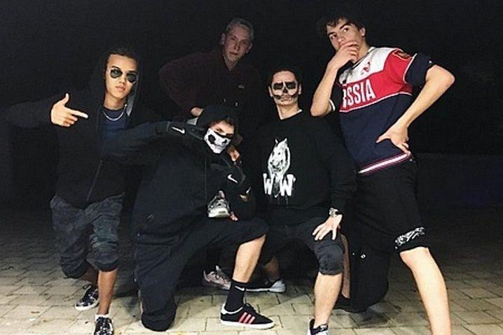 Син одягнув футболку Russia наХелловін— Порошенко
