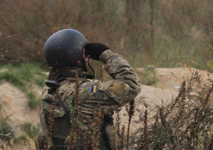 Боевики впервый раз ссамого начала новогоднего перемирия применили артиллерию