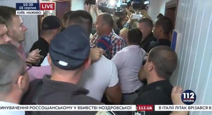 Янукович отказался отгосударственного юриста  поделу огосизмене