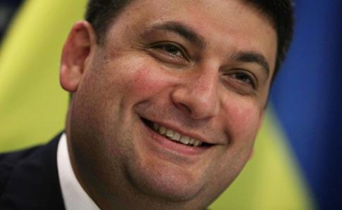 Кабмин выступил против увеличения должностных окладов депутатов