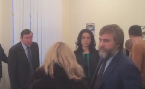 Регламентный комитет пропустил наголосование представление наНовинского