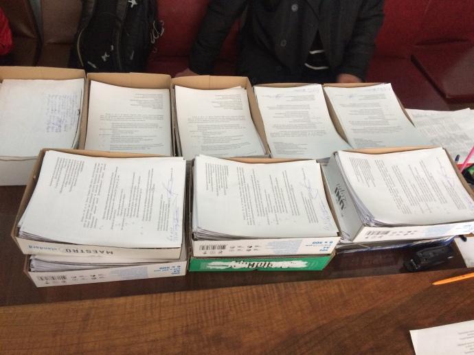 Понад 40 тисяч зібраних підписів