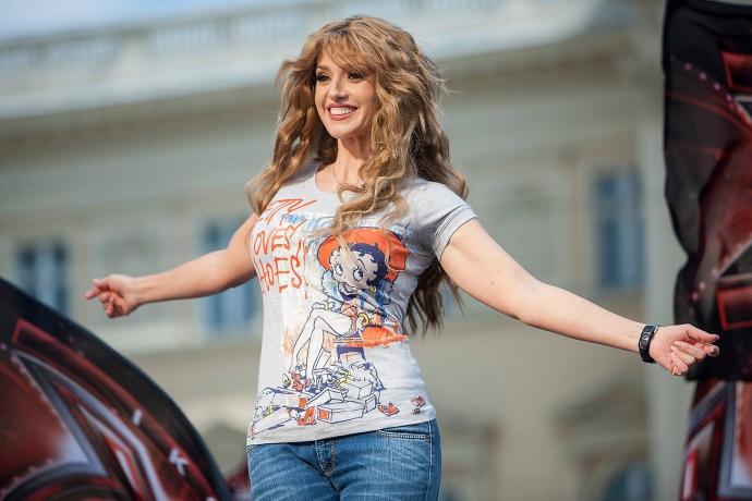 Савченко считает, что освобождать заложников должны супруги Порошенко иМедведчука