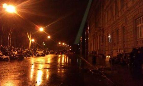 Во Львове разобрали баррикаду перед ОГА