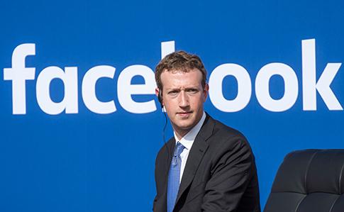 «Facebook борется свмешательством ввыборы иантисемитской рекламой»— Марк Цукерберг