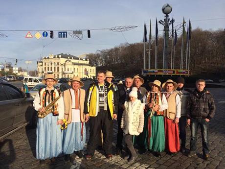 """Автомайдан """"поколядовал"""" под киевским СИЗО, где держат Дзиндзю"""