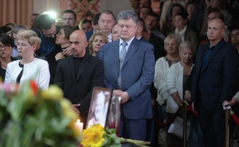 Порошенко анонсував публічний звіт силовиків усправі про вбивство Шеремета