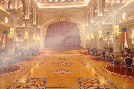 Роскошный дворец Юры Енакиевского (фото)
