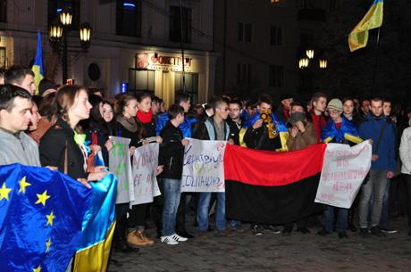 Фото з сайта molbuk.ua