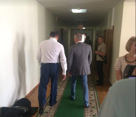 Верховная рада отдала голос  заарест народного депутата  Добкина