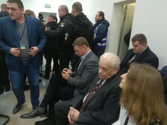 Герой Украины Хмара просит суд отдать Савченко напоруки