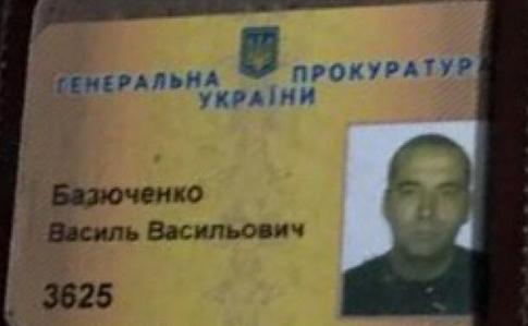 УКиєві водій заступника генпрокурора розбив п'ять автівок і втік