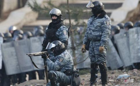 Екс-беркутівець: Патрони зкартеччю для розстрілів наМайдані привозили спецмашини