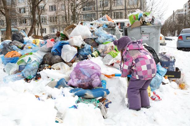 Киев, мусор не вывозят