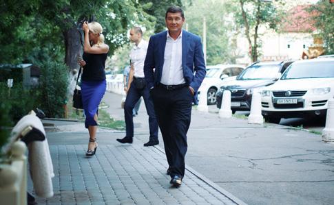 Руководитель НАБУ назвал греческое имя беглого олигарха Онищенко