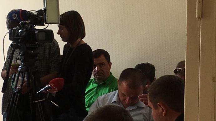 На судовому засіданні також присутній нардеп від БПП Валерій Пацкан