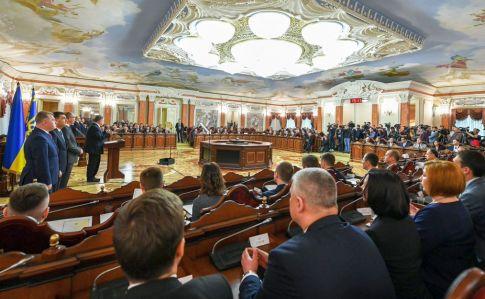 Відразу дві випускниці прикарпатського національного університету стали суддями Вищого антикорупційного суду України